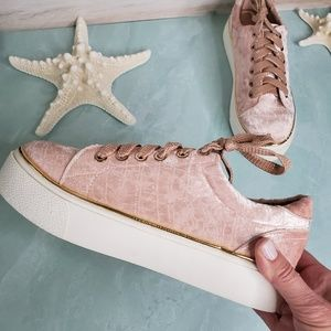 NEW Velvet Blush Lace Up Sneaker